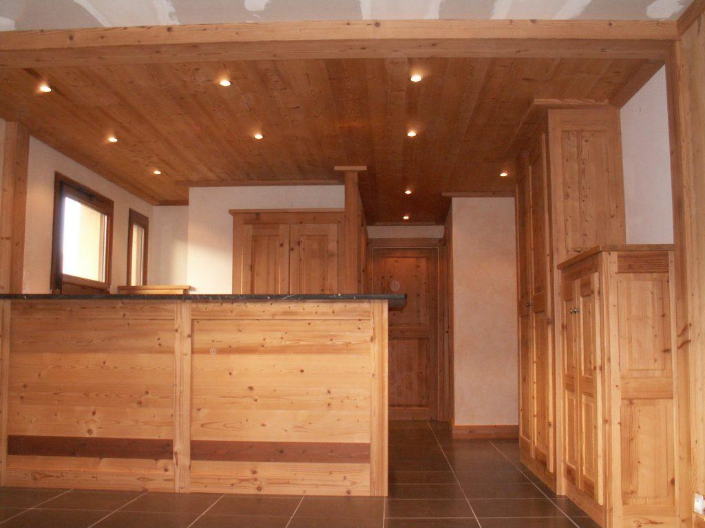 r novation appartement 60 m2 courchevel bois 39 art menuiserie b nisterie. Black Bedroom Furniture Sets. Home Design Ideas